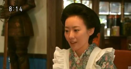 桜子が宮本先生が亡くなったと知らせる